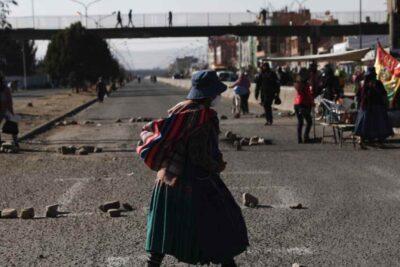 Tensión política en Bolivia provoca violentos enfrentamientos ante el retraso de las elecciones presidenciales