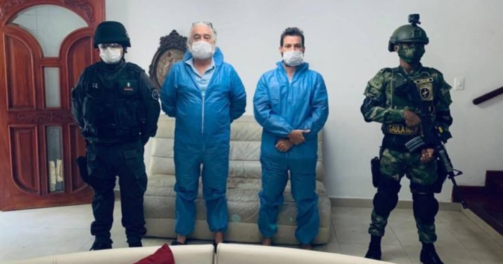 Mark Grenon, de 62 años, y su hijo Joseph, de 32, fueron detenidos en Colombia acusados de fabricar, promover y vender el producto tóxico de dióxido de cloro como