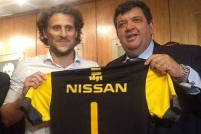 El rival de Colo Colo queda sin DT: Diego Forlán fue cesado de Peñarol