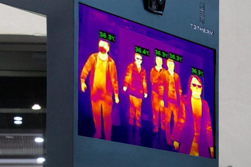 Tótem térmico detecta la fiebre entre altos flujos de personas