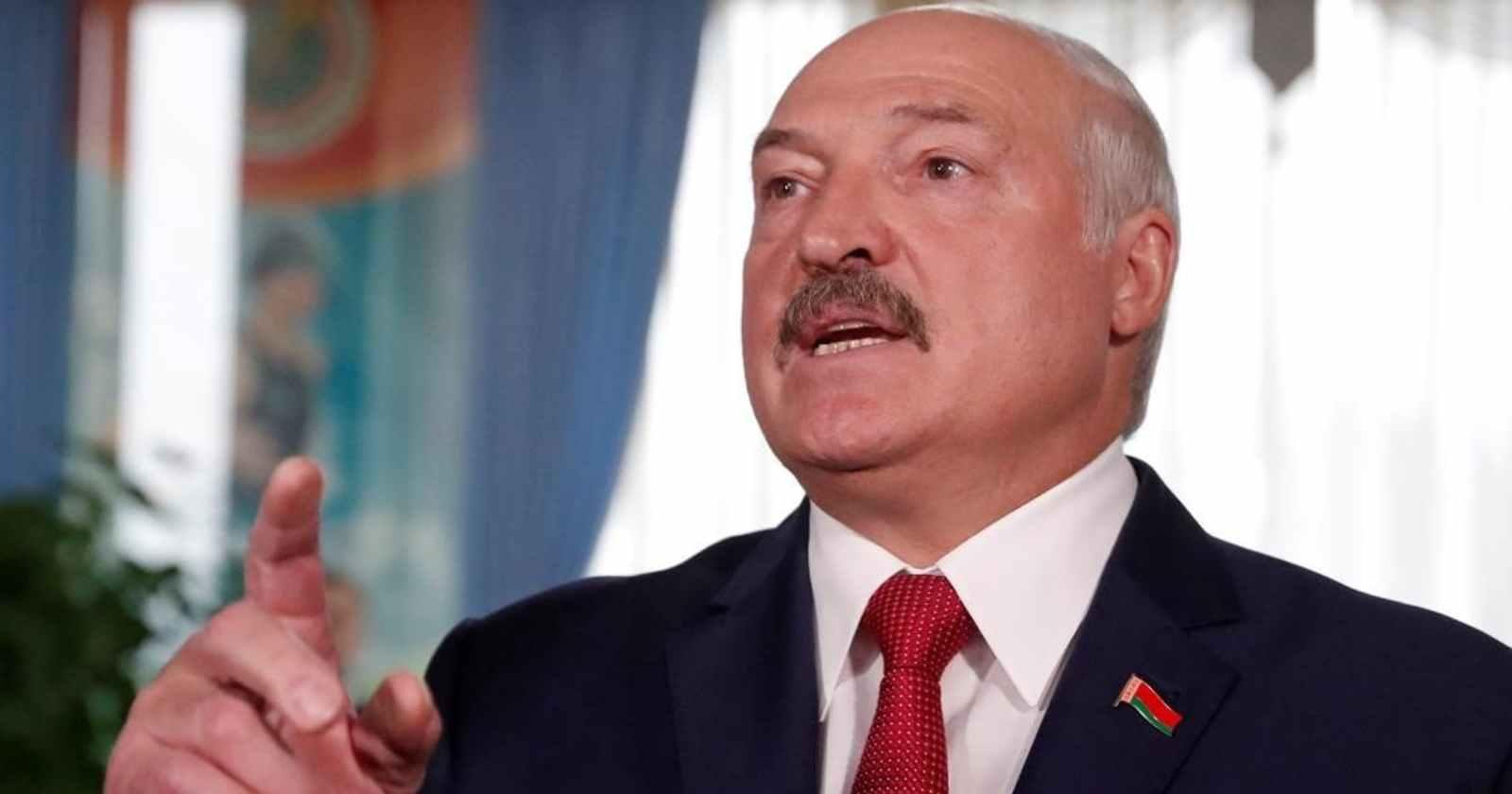 """""""Es mejor ser dictador que gay"""": Aleksandr Lukashenko, el polémico líder que lleva 26 años gobernando Bielorrusia"""