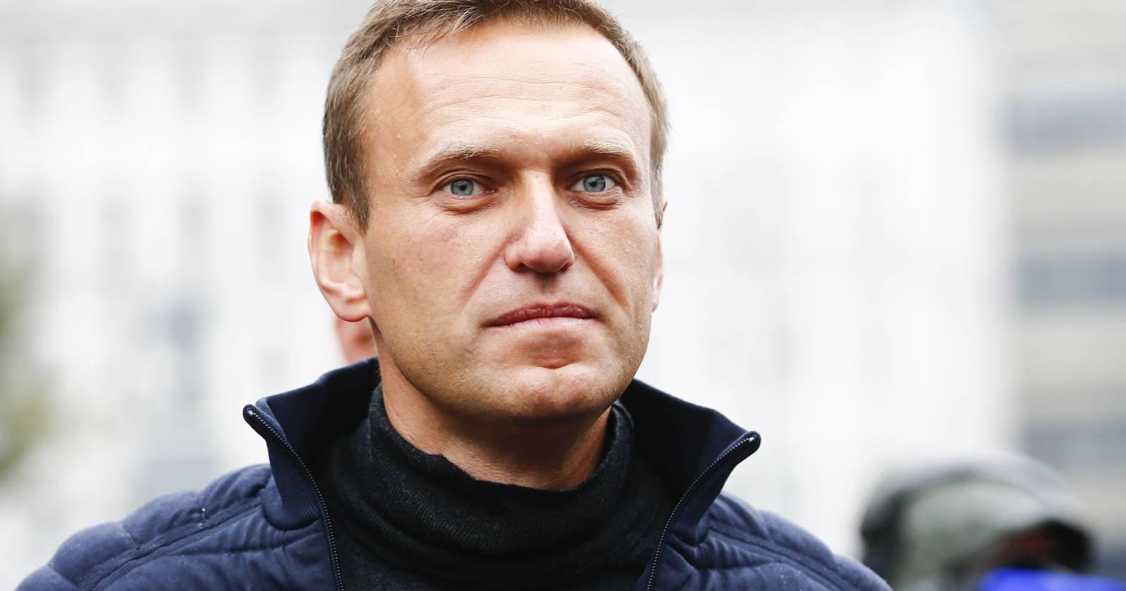 Líder de la oposición de Rusia es hospitalizado en coma por envenenamiento