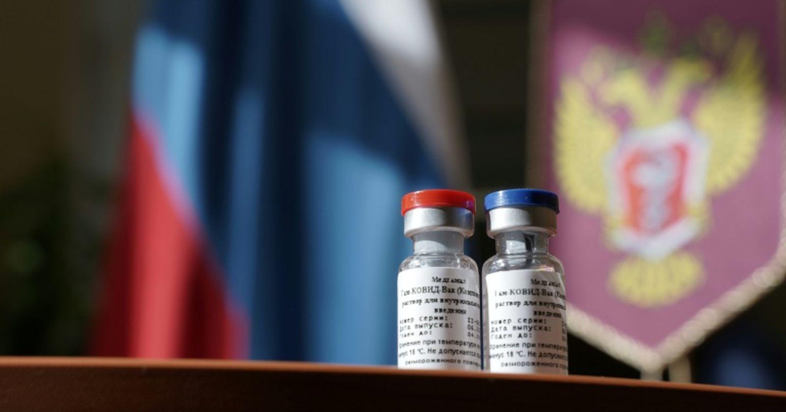 """Ministro Paris por la vacuna rusa: """"La OMS requiere todavía más evidencia"""""""