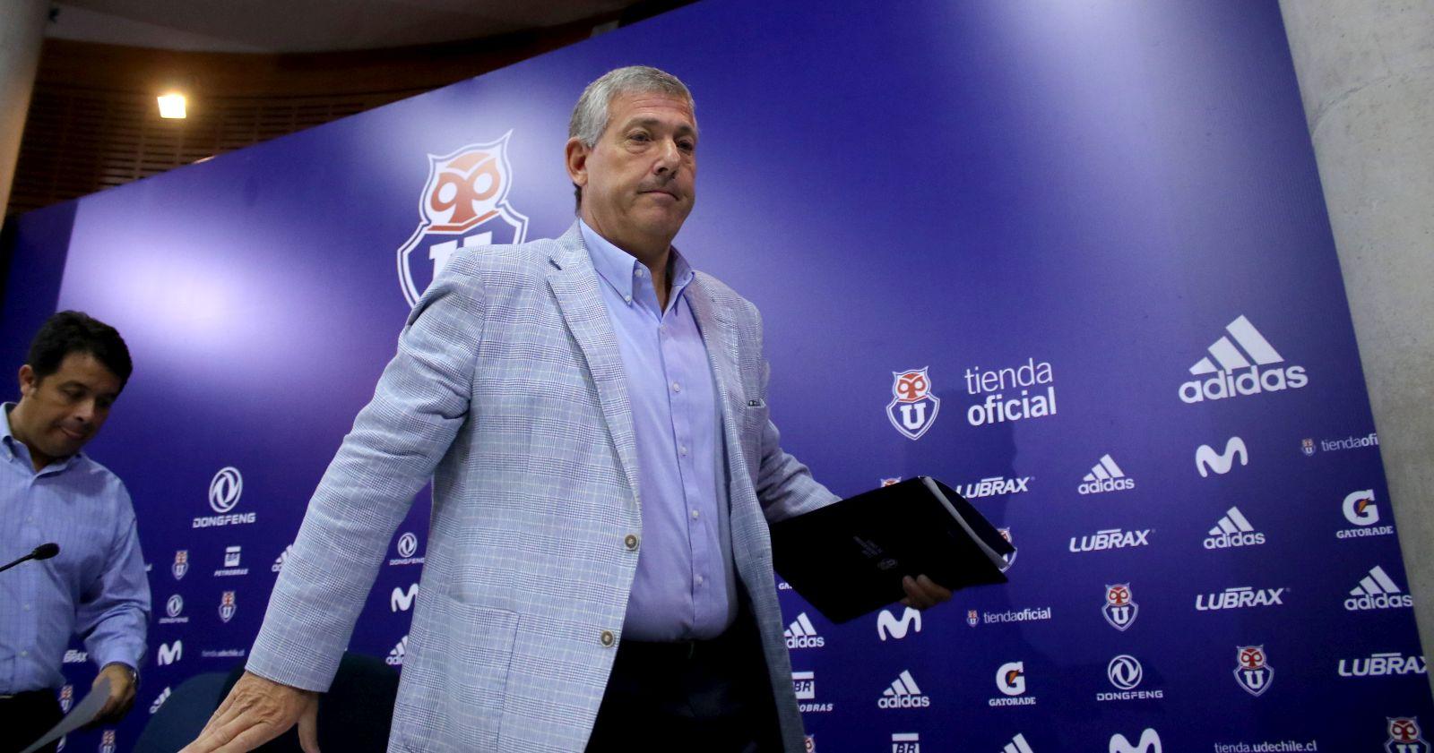 """""""Carlos Heller tiene fecha límite para vender sus acciones en Azul Azul"""""""