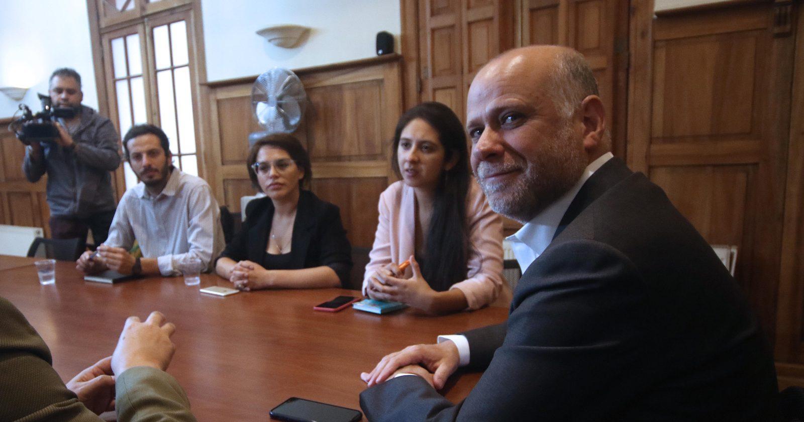 """La """"cocina política"""" entre el Frente Amplio y oposición para definir primarias"""