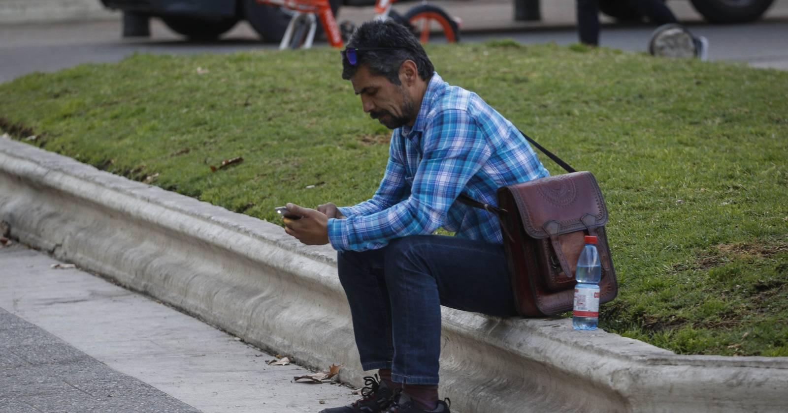 Ipsos: desempleo ocupa el primer lugar en las preocupaciones de los chilenos