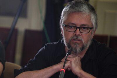 """Escritor Jorge Baradit confirma que irá como candidato a la Convención: """"Tengo todo el interés"""""""