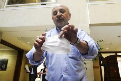 """Diputado Juan Luis Castro: """"Las reuniones familiares pueden transformarse en un gran brote"""""""