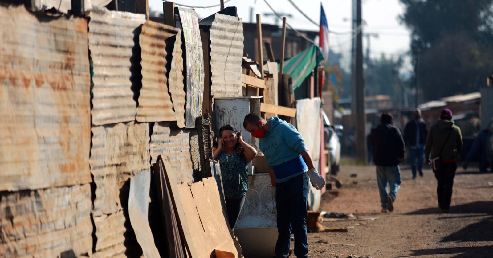 Efecto COVID-19: tomas y campamentos aumentan en la Región Metropolitana tras pandemia