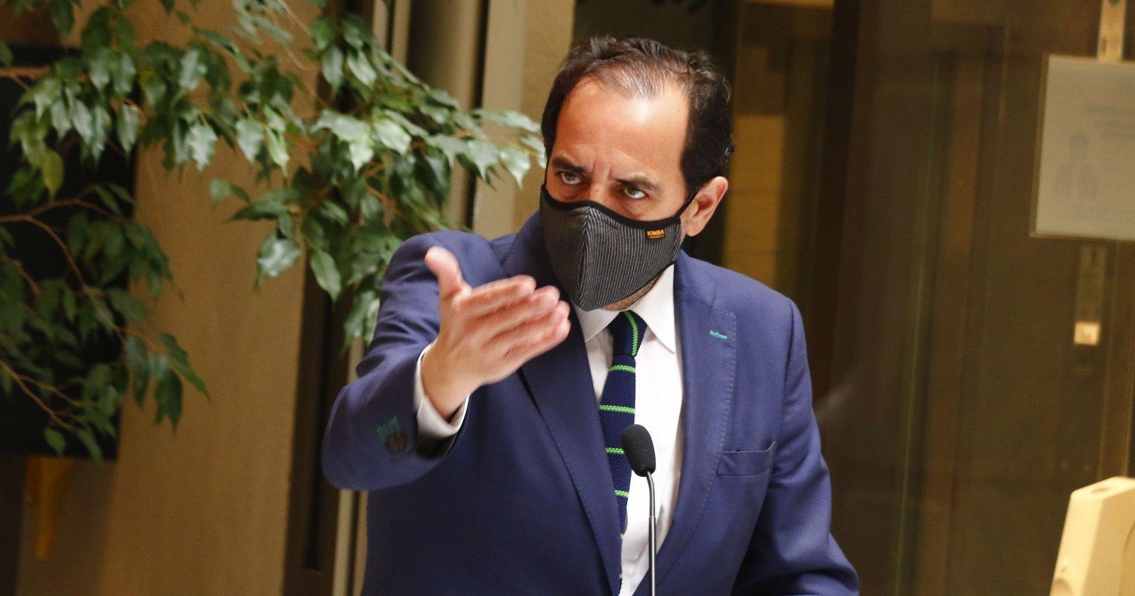 Jaime Mulet responde a acusación de cohecho y levanta precandidatura presidencial