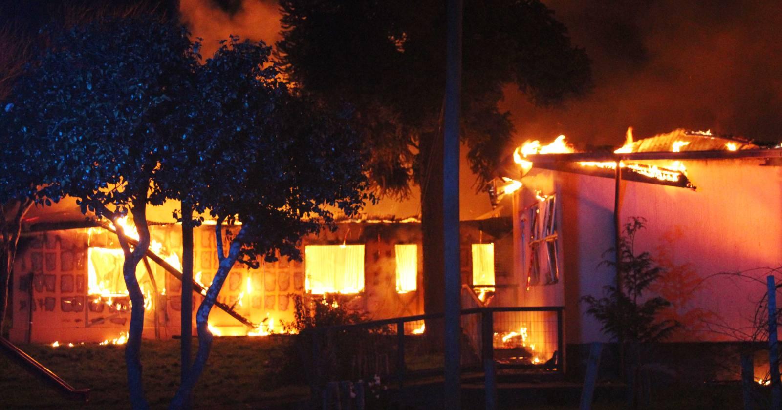 Tres detenidos por incendio y robo que afectó a internado en Cañete