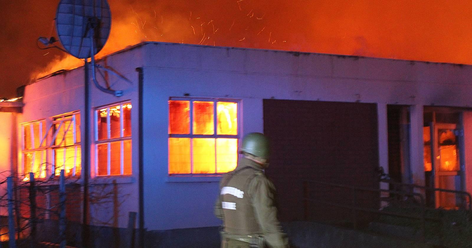 Las gestiones para reconstruir la escuela internado de Cañete afectada por robo y atentado incendiario