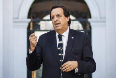 """Pérez responde a Izkia Siches por caso de Hospital de Melipilla: """"Andar exigiendo disculpas me parece que es soberbia"""""""