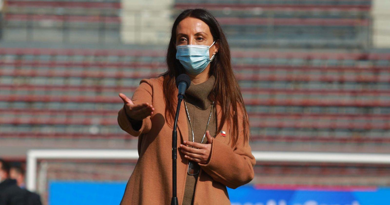 """Cecilia Pérez por el caso de Leonardo Valencia: """"Cuando uno es futbolista tiene que dar el ejemplo en la cancha y en su casa"""""""