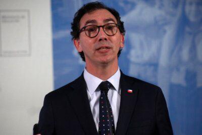 """""""No tiene ningún sentido"""": la respuesta del ministro Figueroa a teoría de la CUT sobre retorno a clases"""