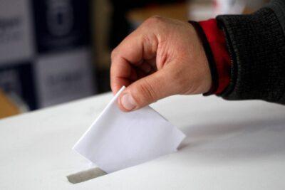 Dos de cada tres alcaldes votaría por el Apruebo