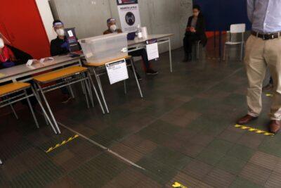 Gobierno: personas detectadas con COVID-19 en los locales de votación serán sancionadas