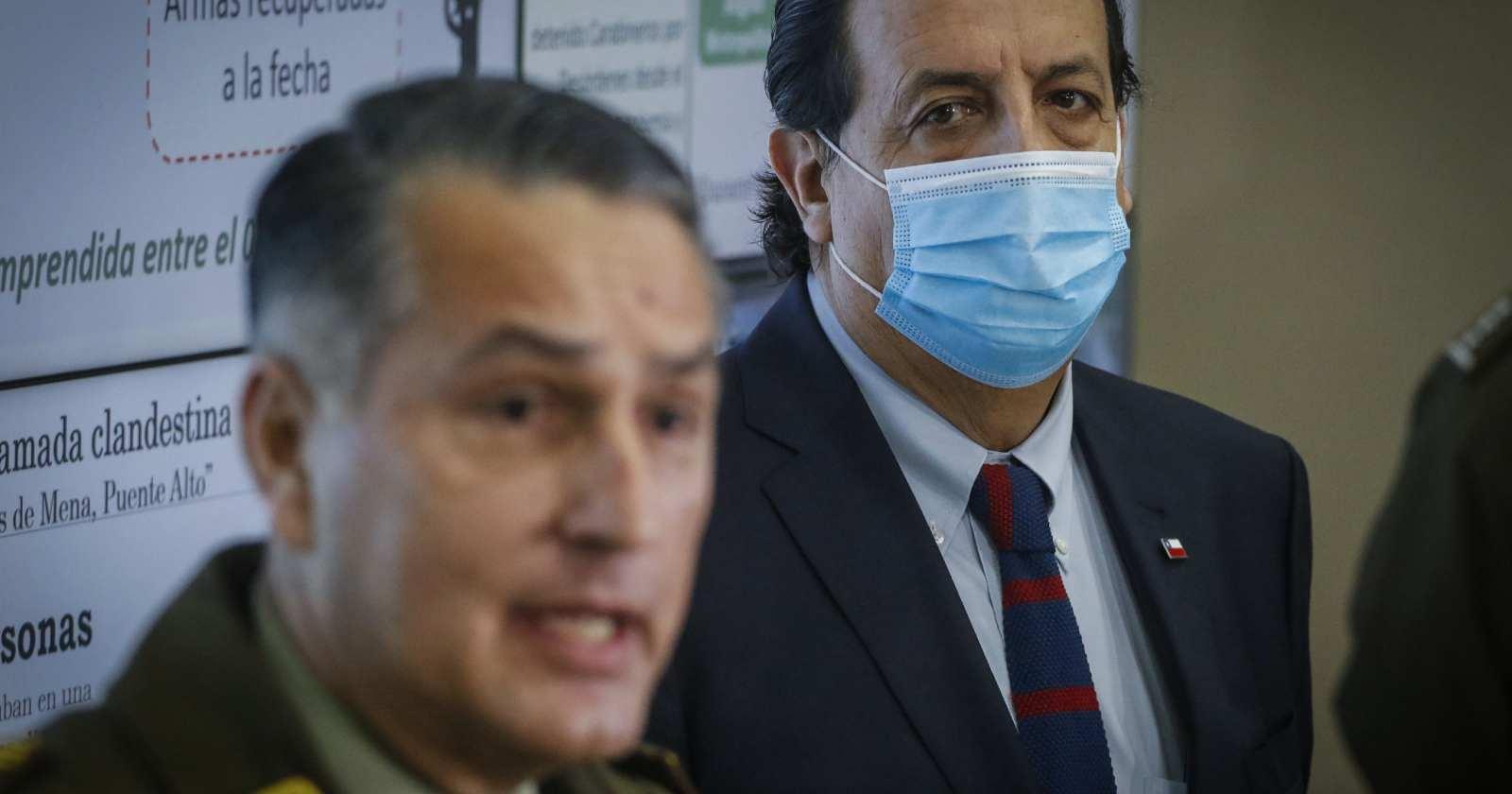 """Pérez reitera respaldo a Carabineros y afirma que cargos de Contraloría serán """"desvirtuados"""""""