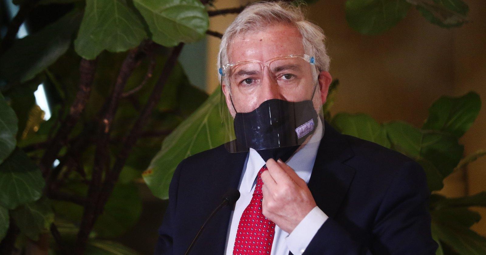 Senado: Comisión de Régimen Interno definirá si suspende a Raúl Guzmán