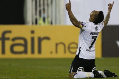 Esteban Paredes se transformó en goleador histórico de Colo Colo en Copa Libertadores