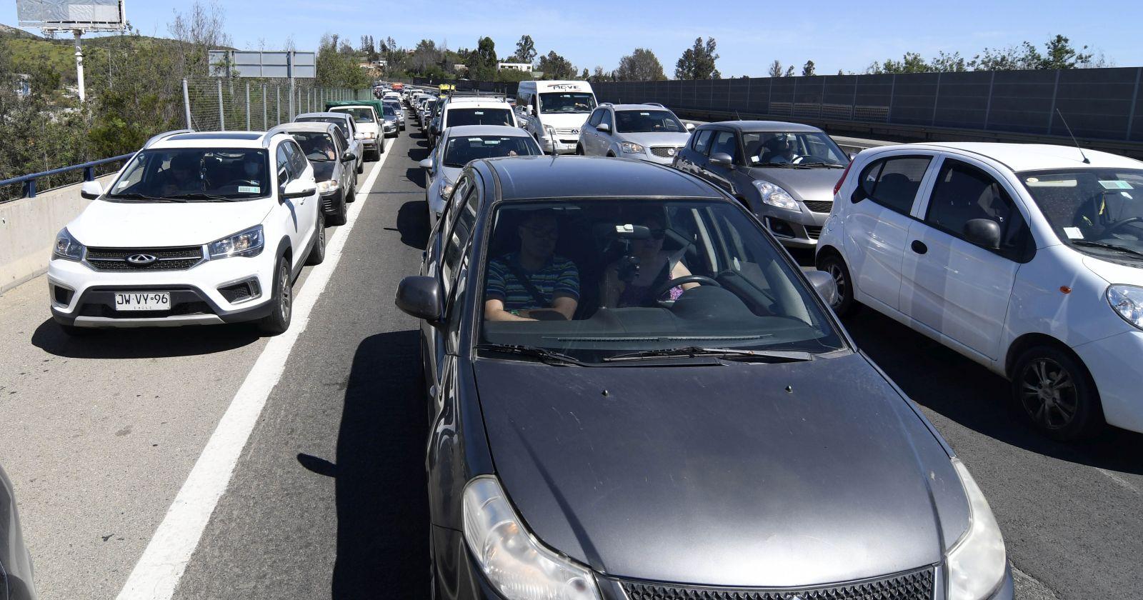 Más de 38 mil vehículos salieron de la Región Metropolitana en Fiestas Patrias