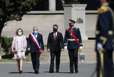 Piñera destaca el proyecto de infraestructura crítica en inédita ceremonia del Ejército