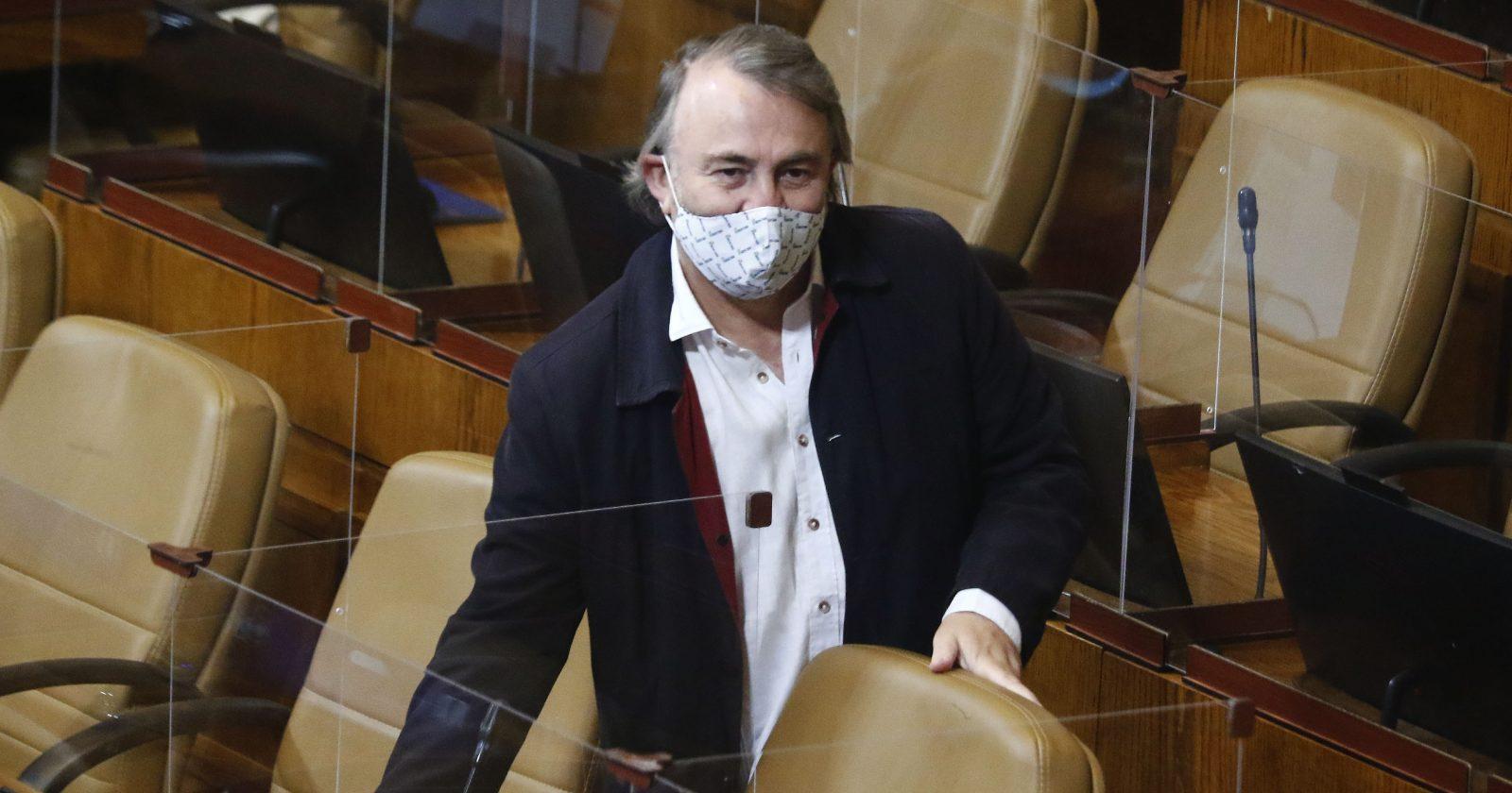 VIDEO | Pepe Auth confiesa ilegalidad durante discusión para permitir votar a contagiados COVID