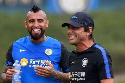 """Antonio Conte: """"Vidal puede jugar en todos los roles y estamos felices de tenerlo"""""""