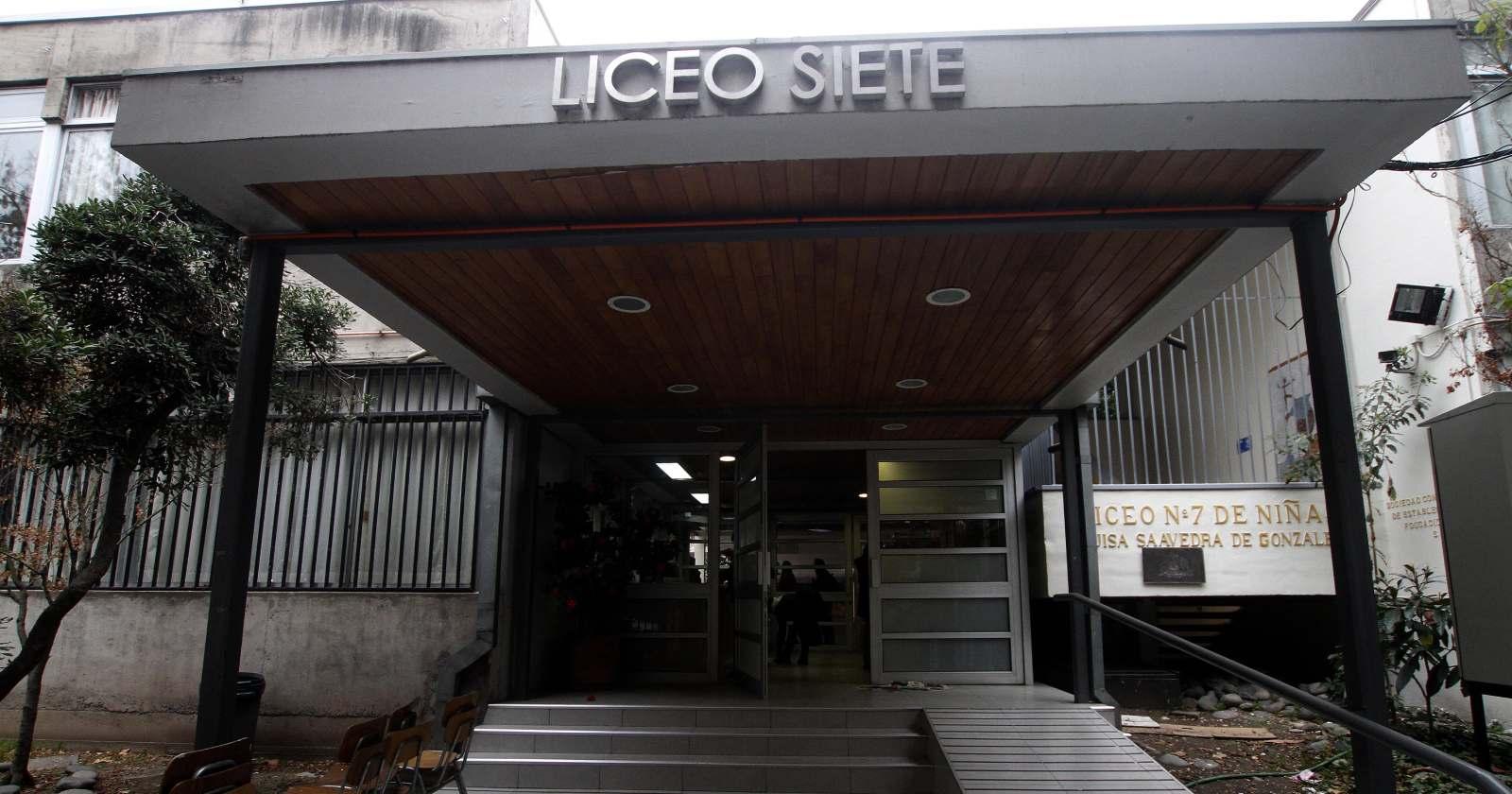 """""""137 niños postularon al Liceo 7 de Providencia para su primer año como establecimiento mixto"""""""