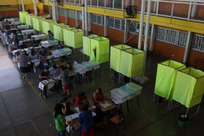 """Postergación de elección de gobernadores: oposición acusa que el Gobierno saca la """"calculadora"""""""