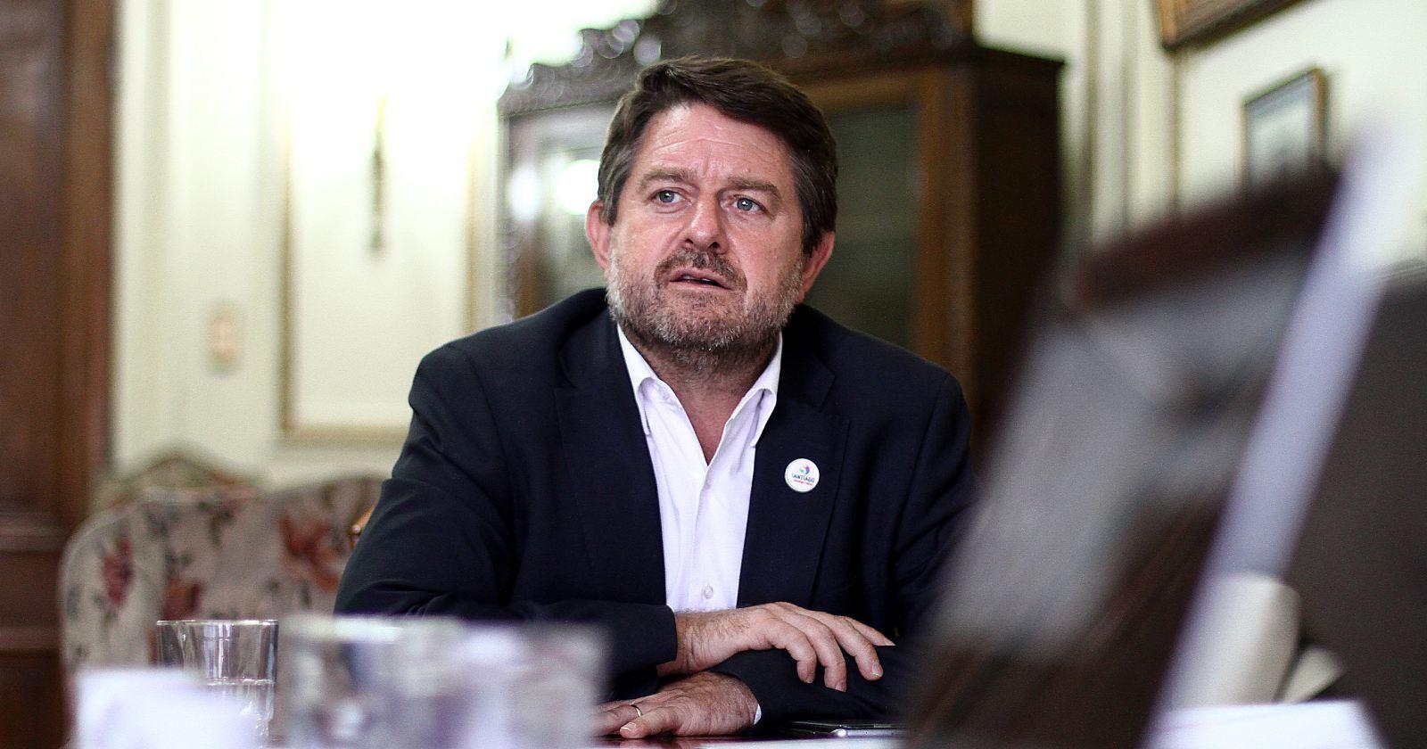 DC confirma a Claudio Orrego como candidato a gobernador para la Región Metropolitana