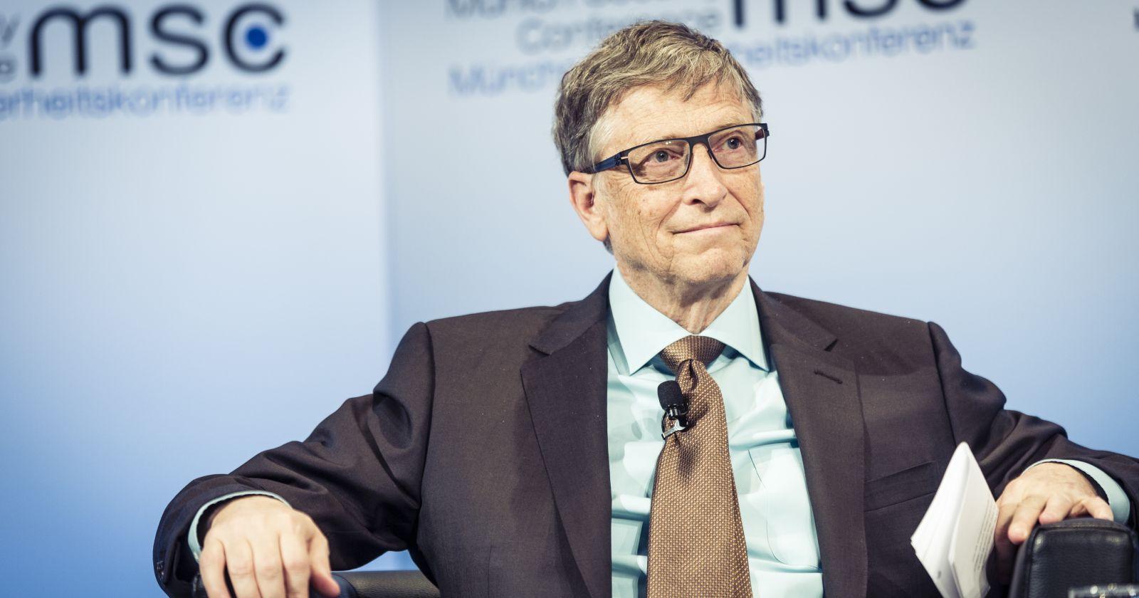 Bill Gates cree que la vacuna de Pfizer será la primera en estar disponible