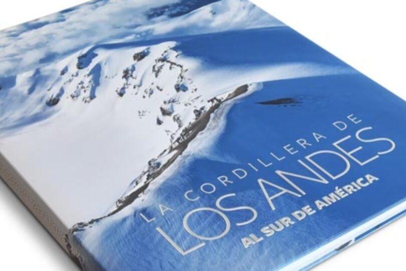 Más de 30 libros que recorren los paisajes e historia de Chile ya se pueden descargar gratuitamente