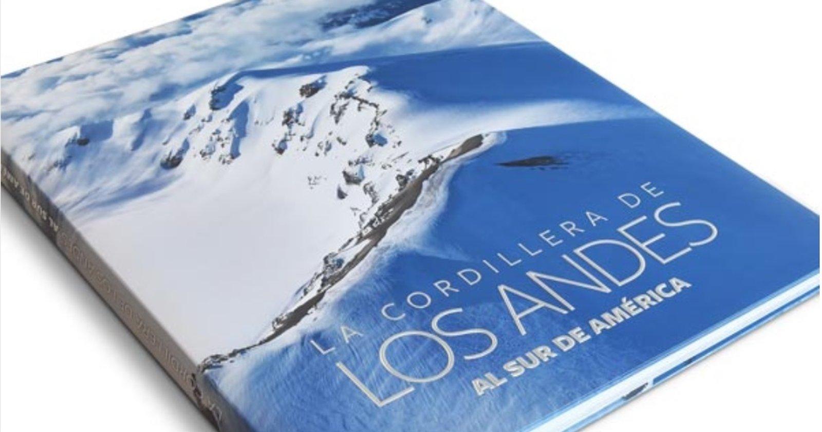 """""""Más de 30 libros que recorren los paisajes e historia de Chile ya se pueden descargar gratuitamente"""""""