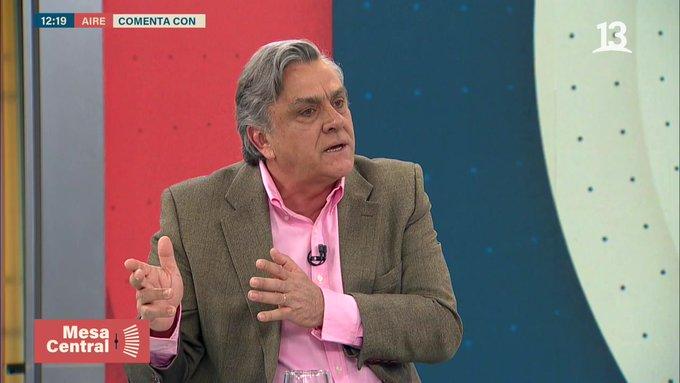 Longueira vuelve a renunciar a la UDI y no será candidato a constituyente