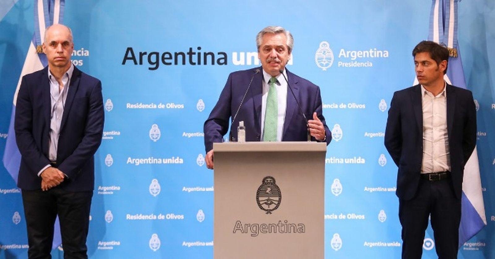 """""""A Argentina le pasa la cuenta el triunfalismo de Alberto Fernández: supera a Chile en casos totales y fallecidos confirmados"""""""