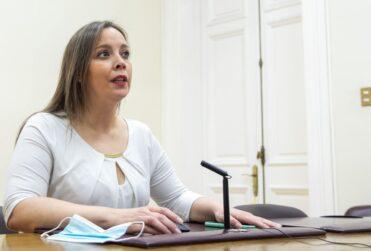 """Intendenta de Magallanes: """"Estuvimos muy cortos para medir trazabilidad"""""""