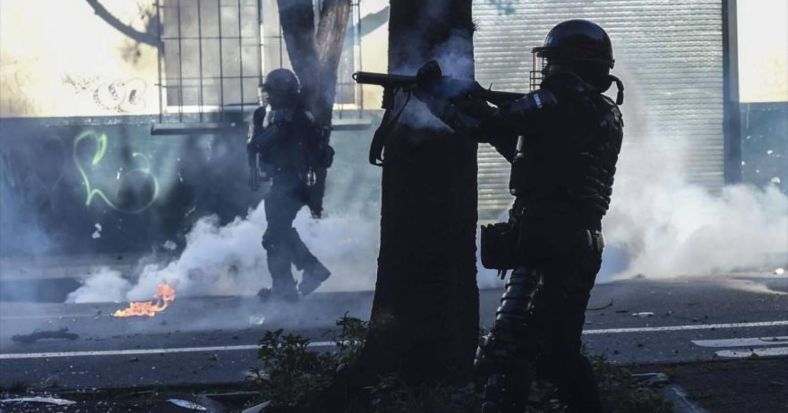 Colombia: protestas contra el abuso policial dejan 13 personas muertas y más de 400 heridos