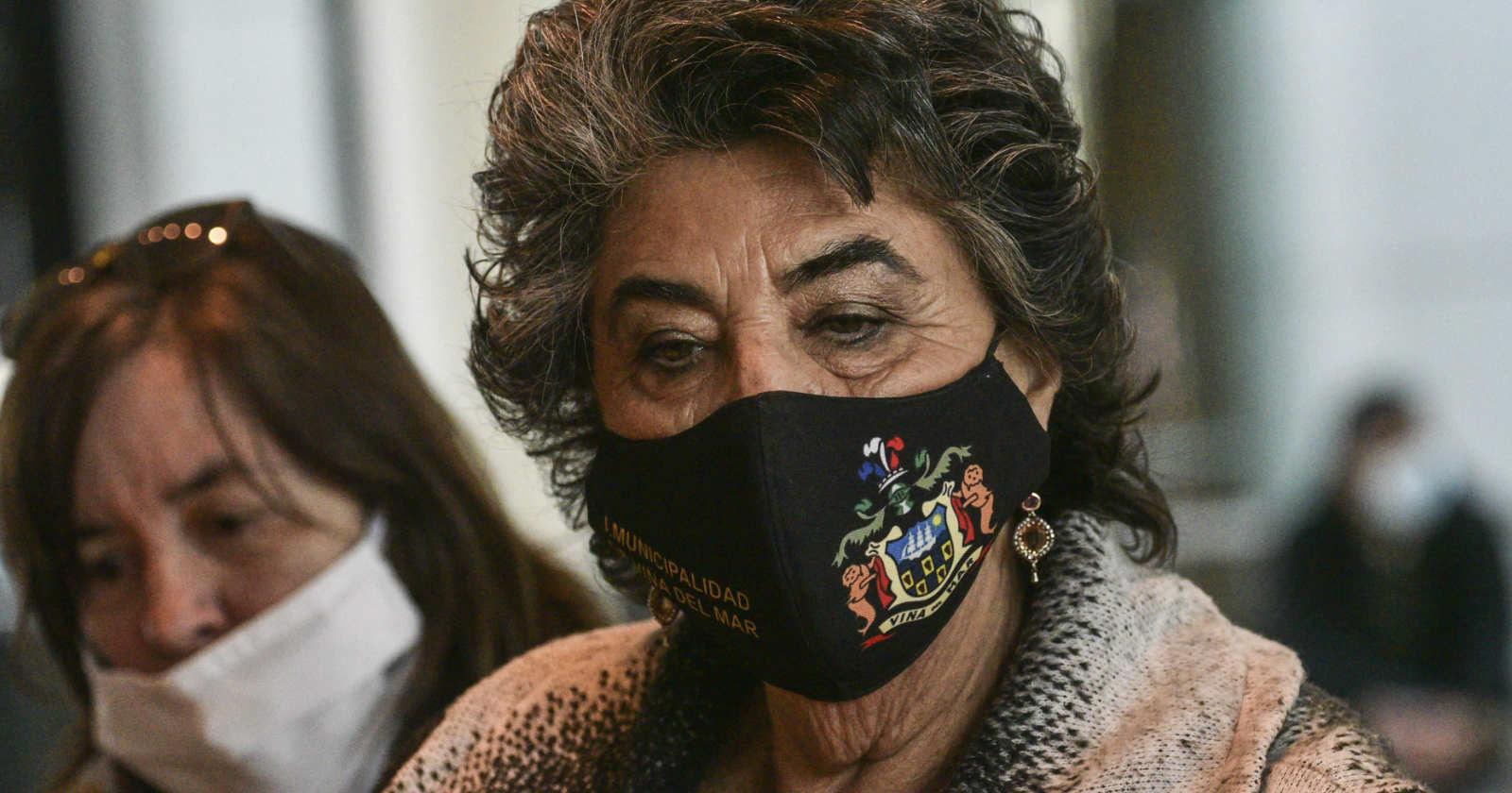 """Virginia Reginato convoca a """"comisión ampliada"""" tras declaraciones del ministro Paris sobre Viña 2021"""