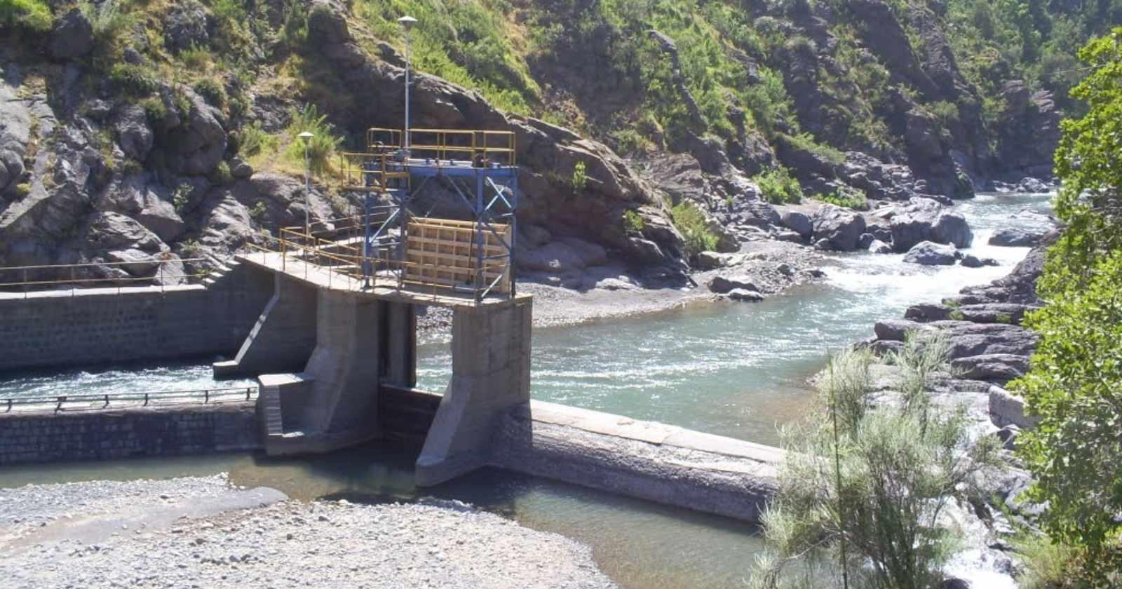 El falso robo de agua en el Río Claro de Rancagua