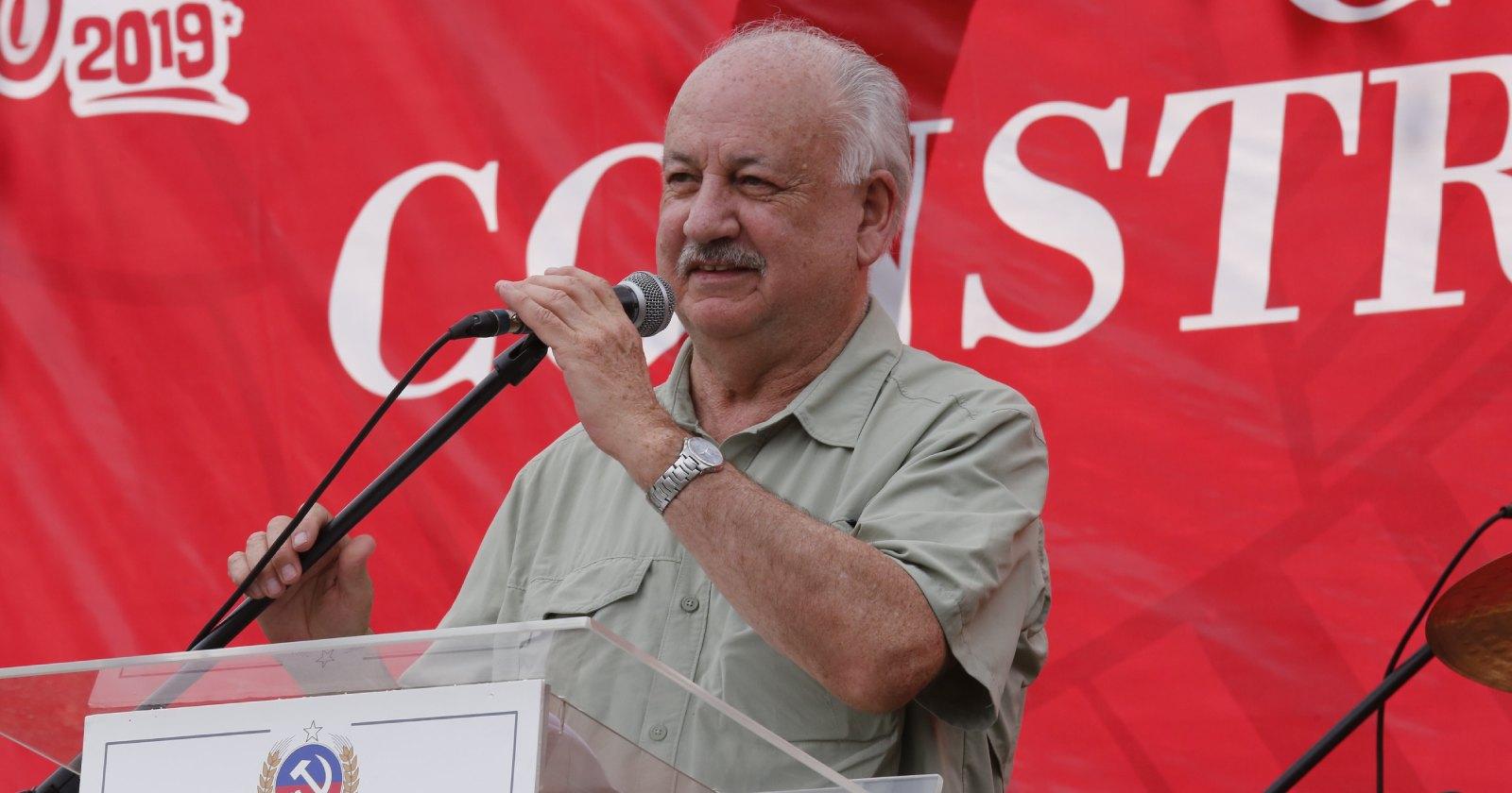 """Presidente del PC y violencia en Plaza Italia: """"¿Cómo voy a condenar una cosa que fue tan menor?"""""""
