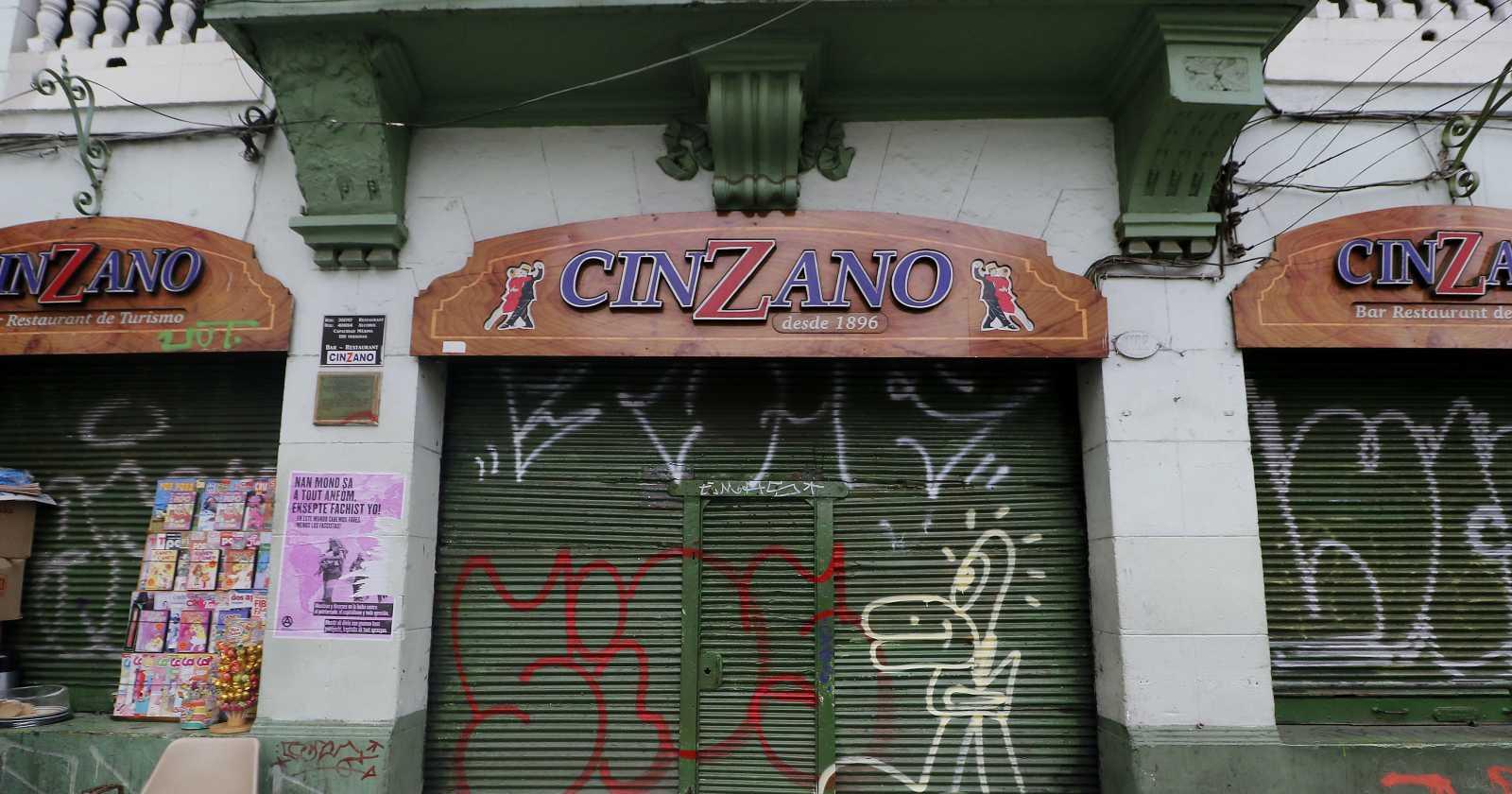 Adiós a un clásico: Cinzano de Valparaíso cierra sus puertas tras 124 años