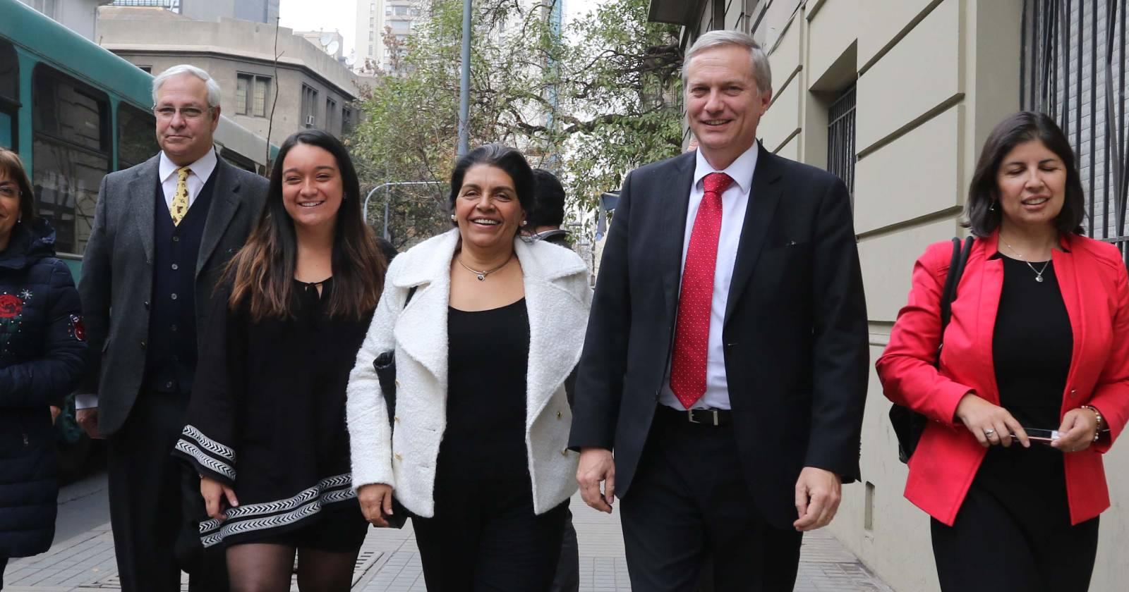 """""""No queremos ingresar a Chile Vamos"""": Partido Republicano responde al senador Ossandón"""