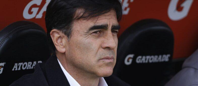 Blanco y Negro resolverá durante este jueves la llegada de Gustavo Quinteros