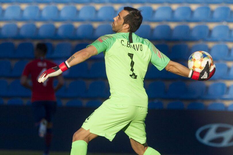 Manuel Pellegrini confirmó la recuperación de Claudio Bravo