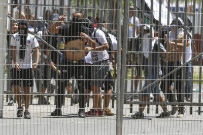Cómo el estallido social impactó al fútbol chileno