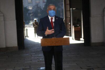 """Ex funcionaria de Epidemiología acusa """"manipulación de datos"""" desde el gabinete de Mañalich"""