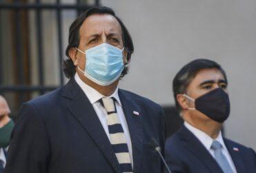 Desbordes se cuadra con defensa del ministro Pérez ante acusación constitucional