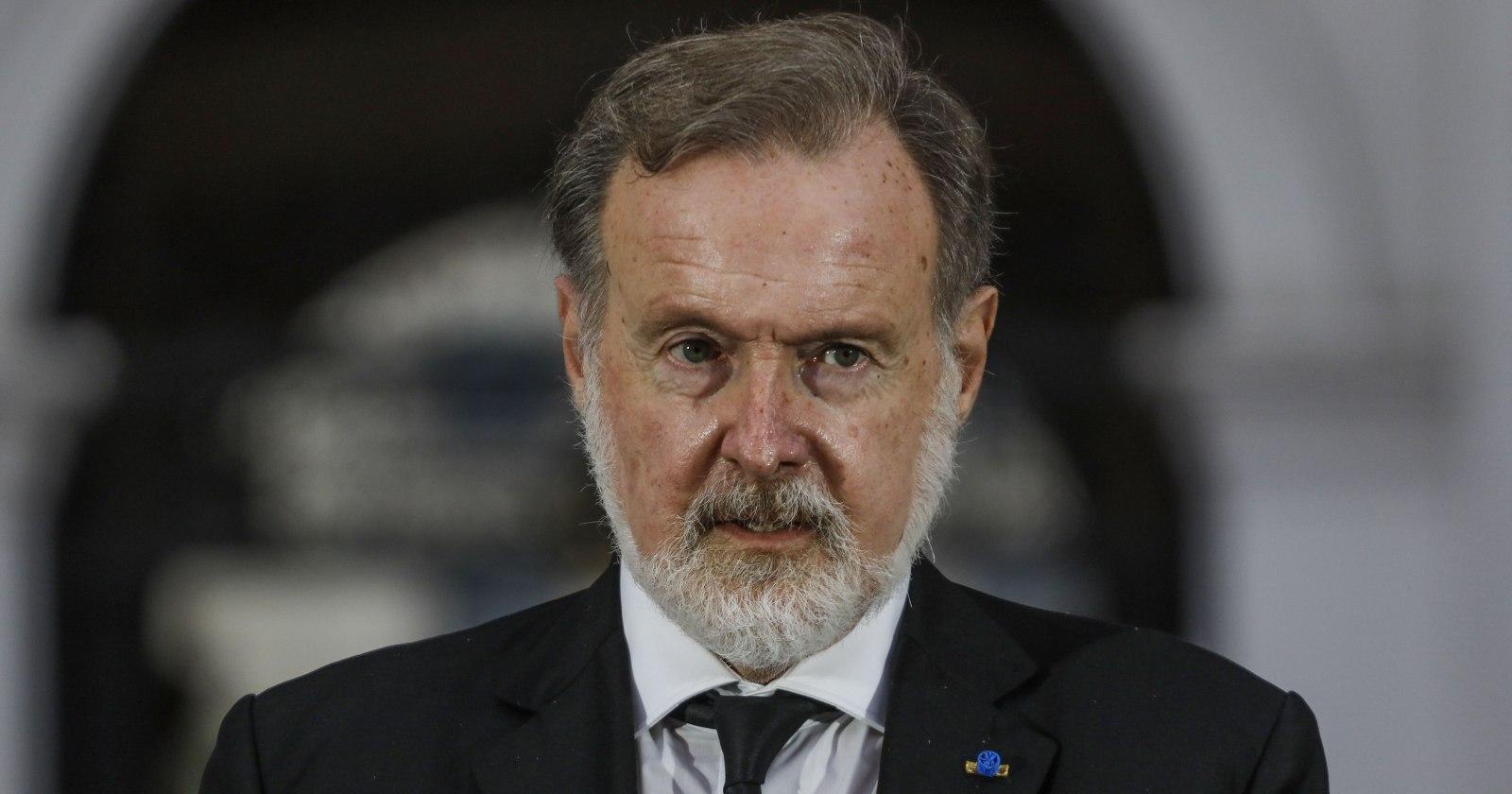 """""""El comediante"""": la dura respuesta de embajador Bielsa a Jorge Burgos"""