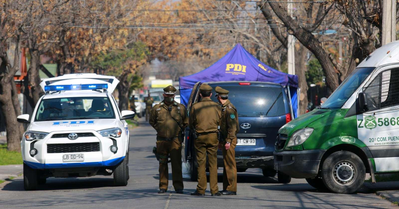 Mujer murió tras ser víctima de violento portonazo en Peñalolén